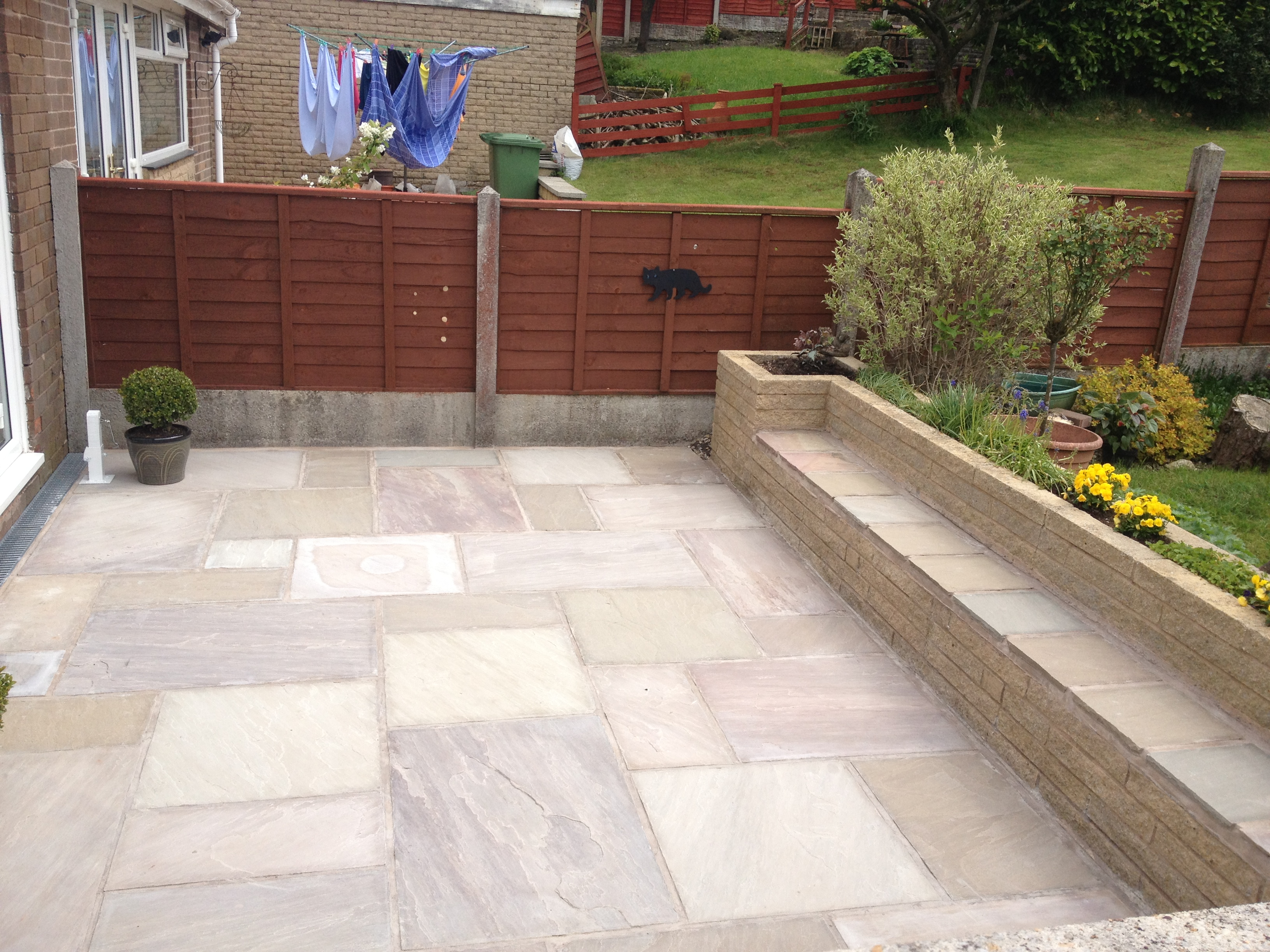 Indian stone patio in brierfield for Pictures of stone patios